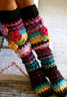 Bohem Style Every Where Crochet Leg Warmers, Crochet Slippers, Arm Warmers, Knit Crochet, Knitted Gloves, Knitting Socks, Fingerless Gloves, Knitting Projects, Crochet Projects