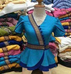 Kids Blouse Designs, Sari Blouse Designs, Designer Blouse Patterns, Kurta Designs, Myanmar Dress Design, Sleeves Designs For Dresses, Stylish Blouse Design, African Fashion Dresses, Clothes For Women