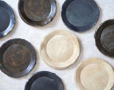 Negro placas platos para ensalada plato de por 1220CeramicsStudio
