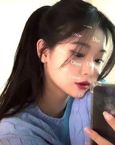 Little Girl Gowns, Gowns For Girls, Uzzlang Girl, Girl Face, Girl Pictures, Girl Photos, Hairdo For Long Hair, Korean Girl Photo, Korean Beauty Girls
