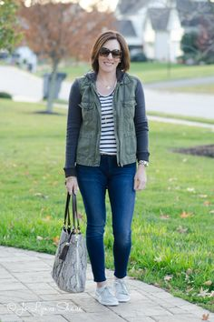This is what I wore traveling to Disney World this November. I love this easy travel outfit. I felt put together but comfortable, and when I got to Florida, I just took off the jacket and hit the parks!