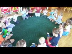 zabawa muzyczna z obuwiem :) - YouTube Music For Kids, Yoga For Kids, Games For Kids, Physical Activities For Kids, Music Activities, Team Building Games, Fun Party Games, Service Learning, Chant