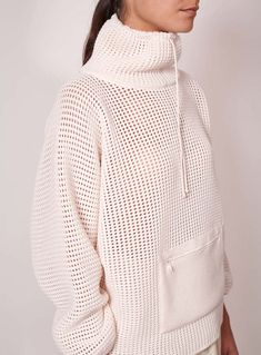 Molli femme k way en maille gauffrette creme zoom Knitwear Fashion, Knit Fashion, Sport Fashion, Fashion Outfits, How To Purl Knit, Waffle Knit, Sweater Weather, Pulls, Sportswear