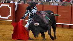 Morante, del cielo al infierno en su regreso a Sevilla