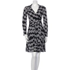 Pre-owned Diane von Furstenberg Long Sleeve Wrap Dress (101,560 KRW) ❤ liked on Polyvore featuring dresses, black, abstract dress, mixed print dress, preowned dresses, long sleeve print dress and v neck dress