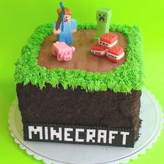 My most popular cake to date...who knew? When I created this design back in February, I had no idea it would become such a huge hit! Since then, I've revised the figures a bit and replaced the f... Pastel Minecraft, Bolo Minecraft, Minecraft Birthday Cake, Easy Minecraft Cake, Minecraft Party, Creeper Minecraft, Minecraft Crafts, Minecraft Skins, 7th Birthday