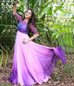 Pinterest: @cutipieanu Designer Anarkali Dresses, Designer Dresses, Designer Wear, Mom Daughter Matching Dresses, Baby Fancy Dress, Bride Reception Dresses, Indian Gowns Dresses, Prom Dresses, Gown Party Wear