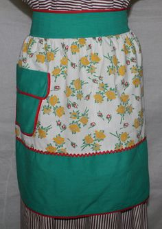 Vintage Half Apron Yellow Flower Print with by ilovevintagestuff