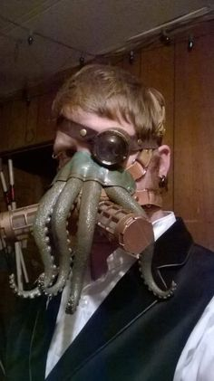 Cthulhu gas mask and monocle - The Steampunk Empire