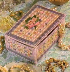 Plastic Canvas Crafts | Floral Jewelry Case Plastic Canvas Pattern | eBay