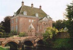 Kasteel Ophemert te Ophemert / Gelderland Nederland