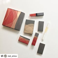 #Repost @red_erica (@get_repost) #unboxing #threecosmetics #holidaycollection2017 #whentheleavesdance #THREE紅葉 I really like the concept of three's holiday collection. First the packaging is just beautiful. Second I just love how color of each product is consistently tied to the autumnal theme. I feel that this collection as a whole is well thought out. In terms of the individual product everything is both up to three's good quality and has some similar drawback as the same product from the…