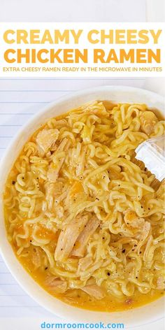 Extra cheesy ramen ready in the microwave in minutes. #Microwave #Microwavecooking #College #Collegelife #Dormroomcook Easy Microwave Recipes, Microwave Dinners, Easy Dinner Recipes, Easy Meals, Easy Ramen Recipes, Healthy Microwave Meals, Microwave Food, Eating Healthy, Essen