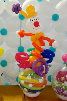 Clow Stuffed Balloons, Info Board, Balloon Gift, Balloon Decorations, Vases, Decorating Ideas, Party, Gifts, Globe Decor