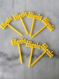 This personalized 3D printed toppers look amazing on your desserts, appetizers and cupcake toppers. It can be used for any occasions, such as birthdays, parties, engagements, weddings, and showers.  Please add the name in the comment box when you purchase. The sizes are approximately as shown. The sizes would vary depending on the length of the name.  If you would prefer a different color or size, please send us a message and we would be happy to work with you to create exactly what you are…