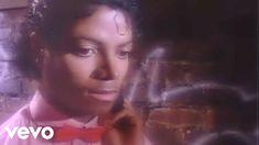 Music video and lyrics - letras - testo of 'Billie Jean' by Michael Jackson. SongsTube provides all the best Michael Jackson songs, oldies but goldies tunes and legendary hits. Billie Jean Michael Jackson, Michael Jackson Youtube, 80s Songs, Music Songs, 80s Music, Reggae Music, Rick Astley, Great Music Videos, Good Music