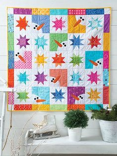 Quilt star in patchwork with much charm to decorate the room, the table or its wall. This Matilda Star Quilt designed by SUSIE from. Star Quilts, Mini Quilts, Baby Quilts, Quilt Blocks, Quilting Projects, Quilting Designs, Quilting Ideas, Quilting Patterns, Sewing Projects