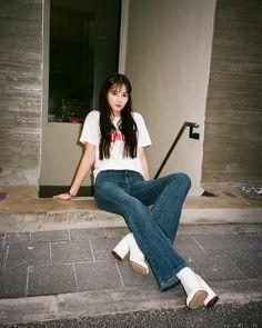 Jung Hye Sung, Mom Jeans, Korean, Actresses, Pants, Fashion, Female Actresses, Trouser Pants, Moda