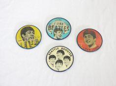 (4) los Beatles Lenticular Pinbacks botones por Vari-Vue, me gusta el ser.. Lote 93 | eBay