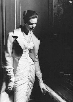 Pierre Balmain Ensemble, 1957