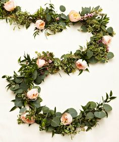Learn How To Create Your Own Gorgeous Floral Garlands #weddingfloral