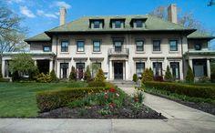 Albert Kahn - Benjamin Siegel Residence (1915) 150 W. Boston