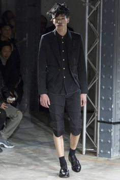 Male Fashion Trends: Comme des Garçons Homme Plus Fall/Winter 2016/17 - Paris Fashion Week