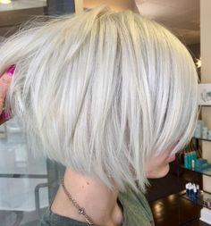 Short White Blonde Bob Hairstyle White Blonde Bob, Long Bob Blonde, Short White Hair, Blonde Balayage Bob, Short Blonde Bobs, Short Bobs, Blonde Inverted Bob, Blonde Bob Hairstyles, Bob Hairstyles For Fine Hair