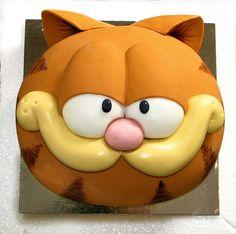 1000 Ideas About Garfield Cake On Pinterest Cakes Cat