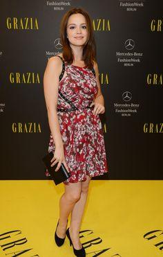 Fack ju Göhte-Star Jella Haase, Emilia Schüle und Jennifer Ulrich auf der Fashion Week
