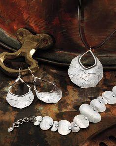 Badge of Beauty Necklace | Jewelry by Silpada Designs. www.mysilpada.com/dawn.radtke