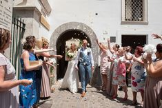 Authentic Italian food and drink played a big part in Kimberley Wickins and John Bateman's wedding in the picturesque town of Sorrento. Click the link to view the full wedding album! Sorrento Italy, Wedding Confetti, Wedding Album, Italian Recipes, Summer Wedding, A Food, Real Weddings, Destination Wedding, Drink
