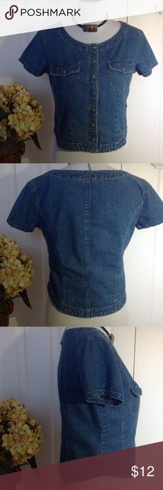 "Gap Short Denim Top 100% Cotton. Blue Denim Fitted Short Top. Listed as Medium but seems smaller. Snap Buttons and two front pockets. Approx. 19"" flat Pit to Pit and 19"" Shoulder to Hem. Short sleeves approx. 6"". GAP Tops"