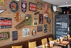 Bar Interior, Interior Decorating, Interior Design, Loft Design, Home Office Design, Bar Vintage, Bar Street, Container Bar, Pub Sheds