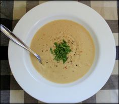 Garlicky Roasted Cauliflower and Potato Soup
