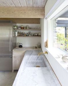 Tumblr is a place to express yourself, discover yourself, and bond over the stuff you love. It's where your interests connect you with your people. Kitchen And Bath, New Kitchen, Kitchen White, Awesome Kitchen, Espresso Kitchen, Neutral Kitchen, Kitchen Modern, Classic Kitchen, Sweet Home