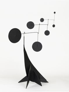 Alexander Calder, Performing Seal, 1950. Sheet metal, steel wire and color.