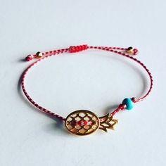 Rakhi, Macrame, Charmed, Bracelets, Jewerly, March, Cute Bracelets, Bracelet Tutorial, Jewlery