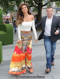 Nicole Scherzinger  attends a photocall in London http://icelebz.com/events/nicole_scherzinger_attends_a_photocall_in_london/photo2.html