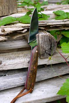 O1 steel,Bocote and blood wood handle.
