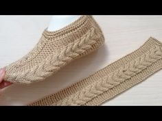 # crochetpatikmodelleri # braidmodels New hair weave booties model making Crochet Socks, Knitted Slippers, Knitting Socks, Crochet Yarn, Crochet Stitches, Baby Knitting, Knitting Designs, Knitting Patterns, Crochet Patterns