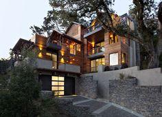 Au nord du Golden Gate - San Francisco, SB Architects à réalisé le projet Hillside. 197 m² sur quatre niveaux, cette villa offre une vue de rêve sur la baie