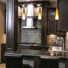 Love these cabinets...