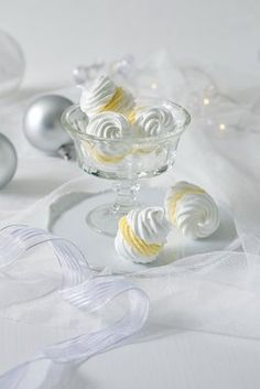 All my Jewellery made with responsibly sourced shell, pearls, mother of pearl, semi-precious stones, Swarovski crystals and Sterling Silver. Wedding Sweets, Pavlova, Cupcake Cakes, Food And Drink, Tableware, Recipes, Handmade, Winter Decorations, Oreos