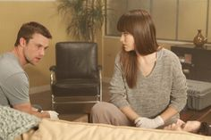 Still of Jesse Spencer and Olivia Wilde in House M.D. (2004)