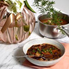 Fazolová polévka - Kuchařka pro dceru Thing 1, Thai Red Curry, Soup, Beef, Treats, Ethnic Recipes, Meat, Sweet Like Candy, Goodies