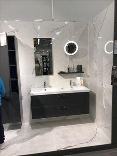 Bathroom Lighting, Bathtub, Mirror, Furniture, Home Decor, Bathroom Light Fittings, Standing Bath, Bathroom Vanity Lighting, Bathtubs