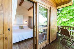 Tiny House Bedroom, Tiny House Cabin, Tiny House On Wheels, Large Bedroom, Home Bedroom, Tiny Houses, Bedrooms, Small Space Living, Tiny Living
