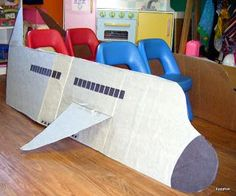 Fun Pretend Play Ideas for Kids : Dramatic Play Airplane. Turn your cardboard box into an airplane craft. Cool idea for transportation theme dramatic play area. Preschool Classroom, In Kindergarten, Preschool Activities, Dramatic Play Area, Dramatic Play Centers, Preschool Dramatic Play, Camping Dramatic Play, Dramatic Play Themes, Around The World Theme