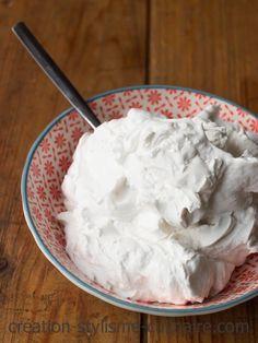 Rien de mieux pour réaliser une chantilly végétale que la crème de coco.